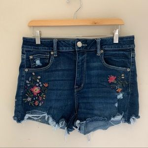American Eagle // Embroidered Denim Shorts